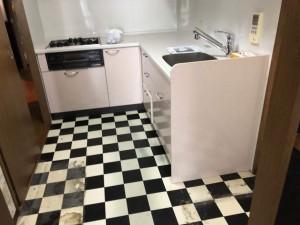 半独立型のL型キッチン