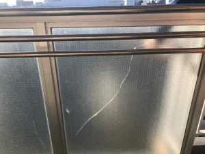 ガラス破損