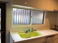 キッチンの窓、内窓取付