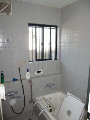 K様施工前浴室