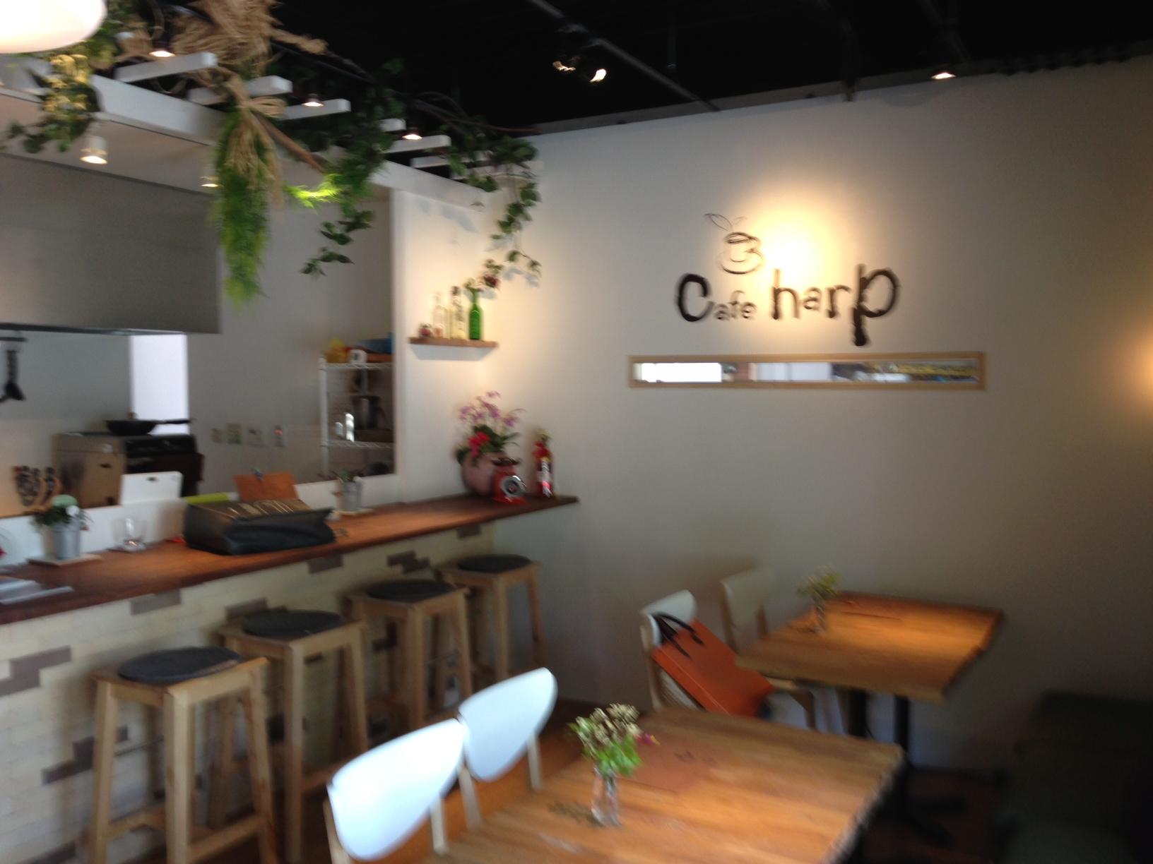 シンプルでちょっとおしゃれなかわいいカフェ | 八尾市、東大阪市